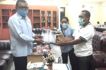 Yayasan Sao Mere and WISE Nagekeo Donated PPE for Health Workers